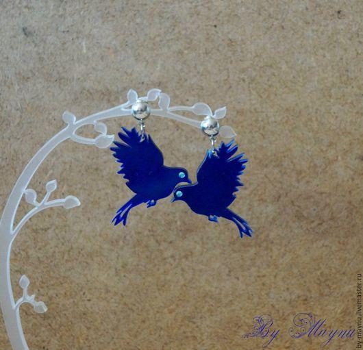 """Серьги ручной работы. Ярмарка Мастеров - ручная работа. Купить Необычные серьги-пусеты """"Fly"""". Handmade. Синий, птицы"""