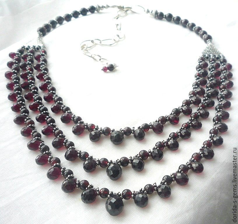 author's necklace, handmade jewelry, garnet necklace, garnet necklace, garnet beads, garnet necklace, elegant necklace, jewelry pomegranate necklace