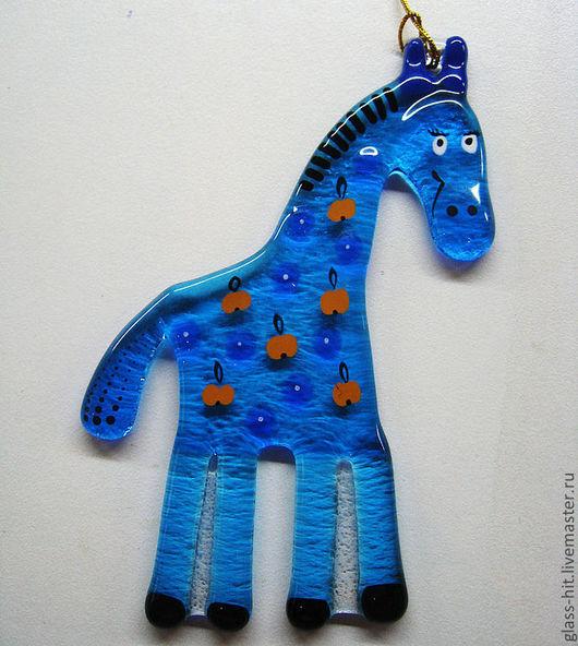 Голубая лошадка на ёлочку. Стекло. Фьюзинг.