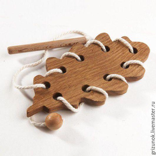 Развивающие игрушки ручной работы. Ярмарка Мастеров - ручная работа. Купить Шнуровка Дубовый листочек. Handmade. Деревянная шнуровка