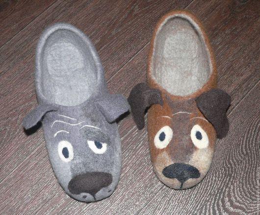 """Обувь ручной работы. Ярмарка Мастеров - ручная работа. Купить Мужские войлочные тапочки """"Ну ты, это... Заходи, если что..."""". Handmade."""