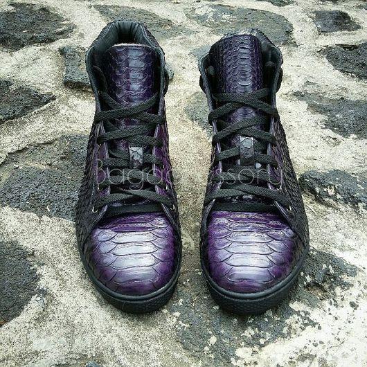Обувь ручной работы. Ярмарка Мастеров - ручная работа. Купить Зимние кеды на меху из натуральной кожи питона. Handmade. Кеды