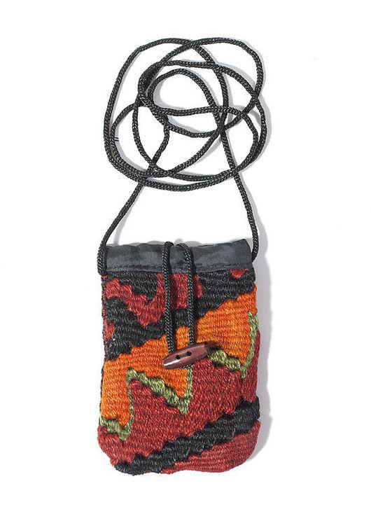Для телефонов ручной работы. Ярмарка Мастеров - ручная работа. Купить Ковровая сумочка для мобильника. Handmade. Подарок на 8 марта