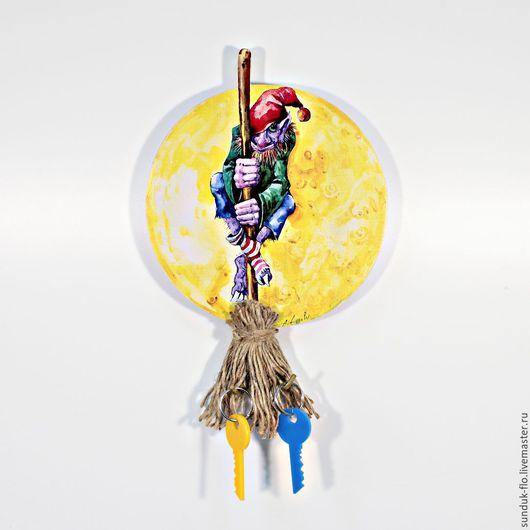 """Прихожая ручной работы. Ярмарка Мастеров - ручная работа. Купить Ключница настенная """"Домовой на метле"""". Handmade. Комбинированный, луна, ключница"""