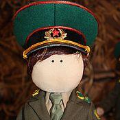 Куклы и игрушки ручной работы. Ярмарка Мастеров - ручная работа Коллекционная текстильная кукла Пограничник. Handmade.