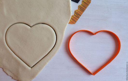 Кухня ручной работы. Ярмарка Мастеров - ручная работа. Купить Форма для печенья Сердце. Handmade. Разноцветный, формочка для печенья