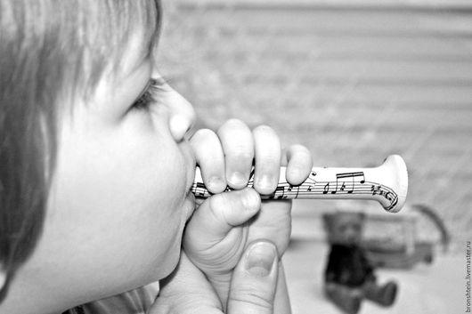 """Развивающие игрушки ручной работы. Ярмарка Мастеров - ручная работа. Купить деревянная игрушка свистулька детская дудочка - """"ноты"""". Handmade."""