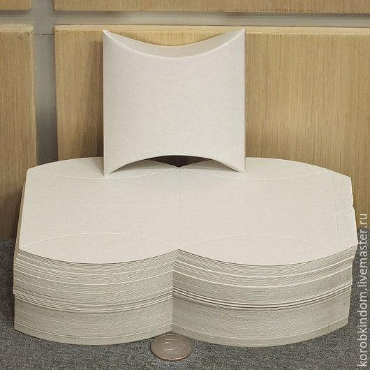 Упаковка ручной работы. Ярмарка Мастеров - ручная работа. Купить Коробочка-подушечка 9,5х6х3 см белая - развертки для склейки. Handmade.