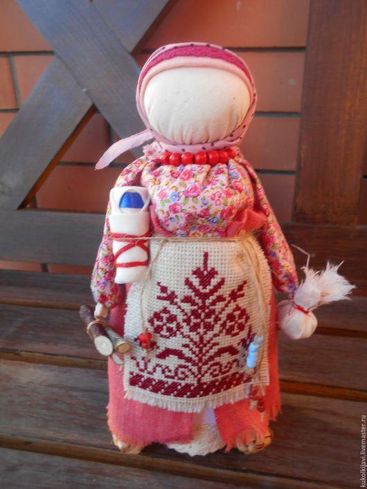 """Народные куклы ручной работы. Ярмарка Мастеров - ручная работа. Купить Кукла народная оберег """"Берегиня дома"""". Handmade. Коралловый"""