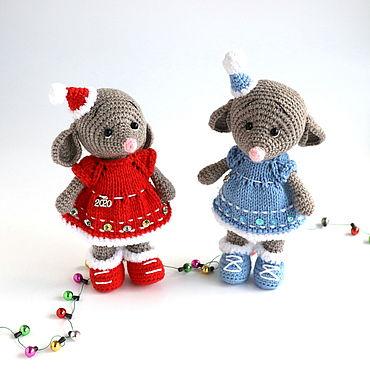 Куклы и игрушки ручной работы. Ярмарка Мастеров - ручная работа Игрушки: НОВОГОДНИЕ МЫШКИ. Handmade.