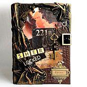 """Канцелярские товары ручной работы. Ярмарка Мастеров - ручная работа Ежедневник кожаный  """"Шерлок Холмс"""" с уникальными страницами. Handmade."""
