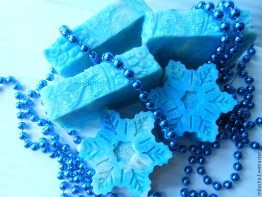 """Мыло ручной работы. Ярмарка Мастеров - ручная работа. Купить Мыло с нуля """"Зимние узоры"""" с шелком. Handmade. Голубой"""