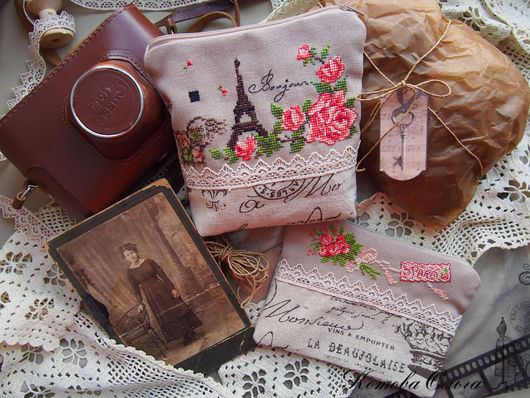 """Женские сумки ручной работы. Ярмарка Мастеров - ручная работа. Купить Косметички """"Bonjour Paris"""", лён, вышивка крестом. Handmade."""