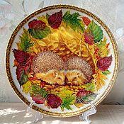 """Посуда ручной работы. Ярмарка Мастеров - ручная работа Тарелка """"Осенние ёжики"""". Handmade."""