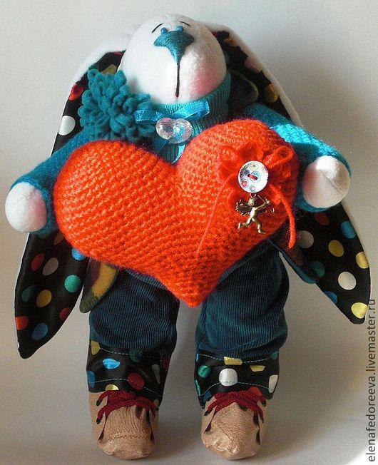 Игрушки животные, ручной работы. Ярмарка Мастеров - ручная работа. Купить Заяц с Большим сердцем. Handmade. Подарок на день валентина