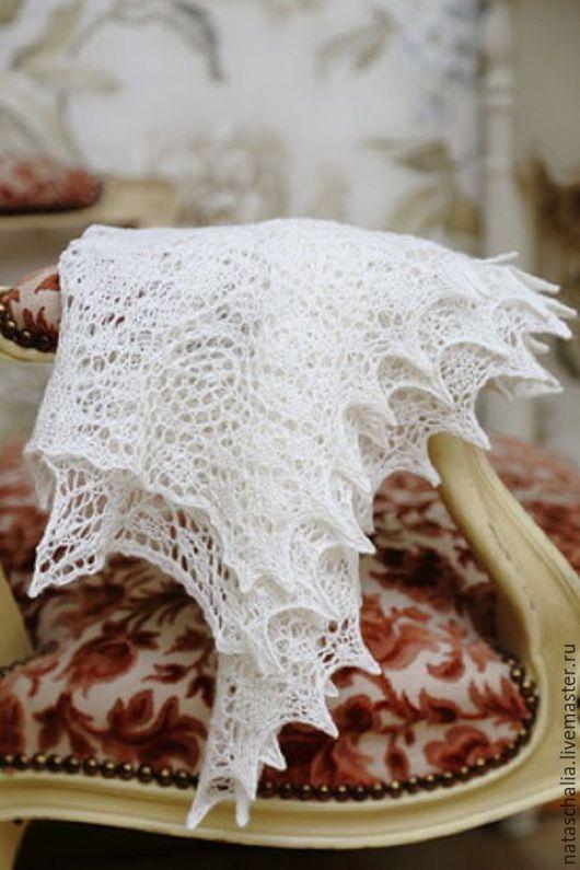 Ярмарка Мастеров. Наталья «Ажурные шали,...ручной работы`. Шаль-фишю «Белые розы» Шикарный подарок себе и любой девушке, женщине, которых хочется порадовать!