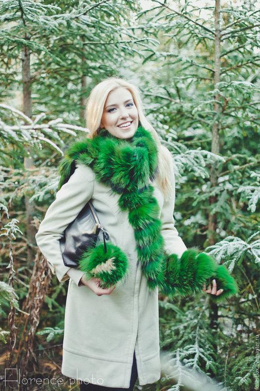 Шарфы и шарфики ручной работы. Ярмарка Мастеров - ручная работа. Купить Меховой шарф из енота зеленый. Handmade. Зеленый