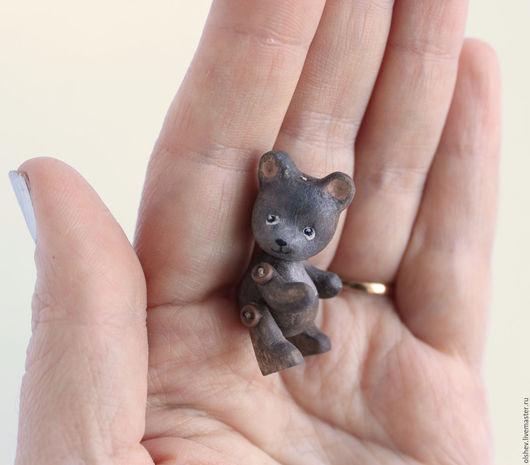 Миниатюрные модели ручной работы. Ярмарка Мастеров - ручная работа. Купить Мишка. Handmade. Коричневый, медведь, игрушки из дерева