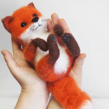 Куклы и игрушки ручной работы. Ярмарка Мастеров - ручная работа Лисенок Фоксик. Интерьерная игрушка из шерсти. Handmade.
