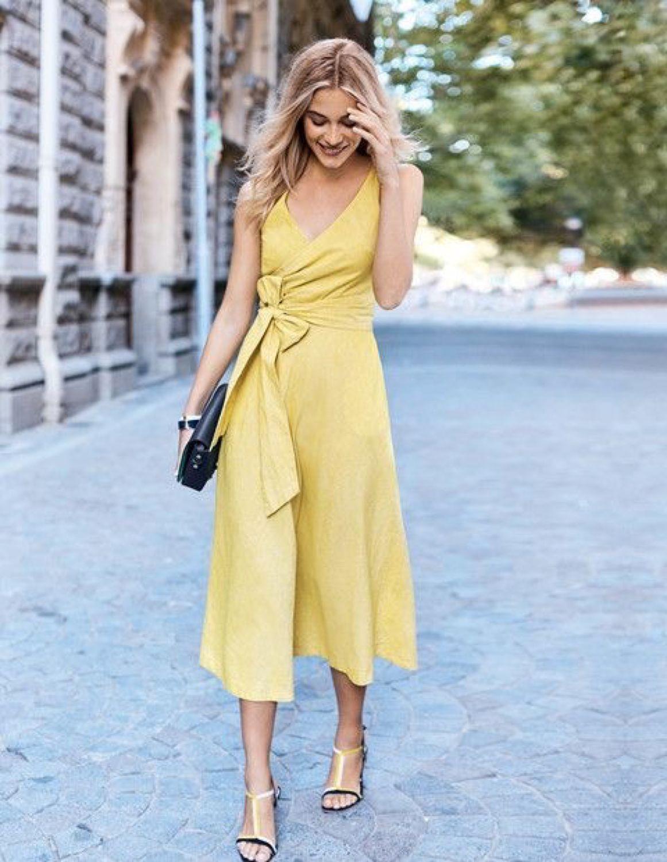 6082c2f3d20fe0d Платья ручной работы. Ярмарка Мастеров - ручная работа. Купить Лимонное  платье на запах из ...