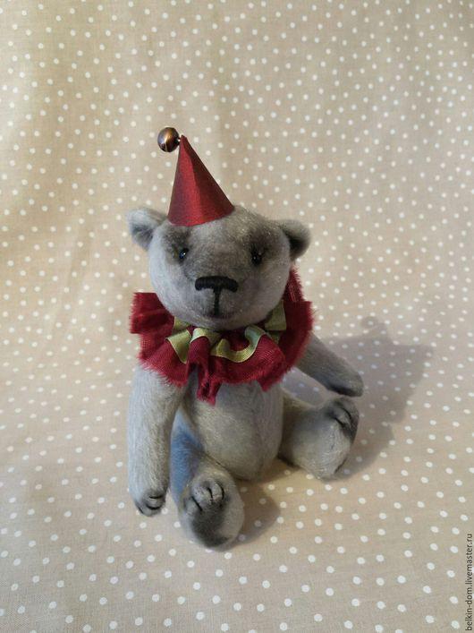 Мишки Тедди ручной работы. Ярмарка Мастеров - ручная работа. Купить Мишка 14 см в новогоднем наряде - в подарочной коробке. Handmade.