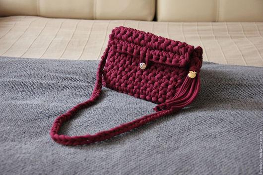 Женские сумки ручной работы. Ярмарка Мастеров - ручная работа. Купить Бордовая сумочка-клатч из ленточной пряжи. Handmade. Бордовый