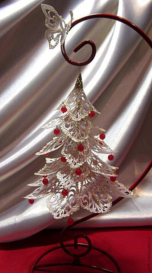 видео МК, новый год, новогодний декор, новогоднее украшение, ажурная елочка выполнена в технике гильоширования при помощи выжигателя по ткани