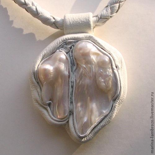 Pendants handmade. Livemaster - handmade. Buy Pendant mother of Pearl in Leather.Handmade, stylish decoration