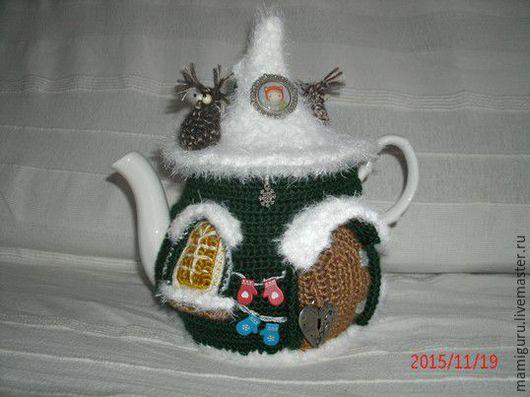 """Кухня ручной работы. Ярмарка Мастеров - ручная работа. Купить Грелка на чайник """"Зимой на даче"""". Handmade. Тёмно-зелёный"""