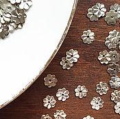 Материалы для творчества ручной работы. Ярмарка Мастеров - ручная работа Металлические цветы, пайетки цветы, 8мм, серебро. Handmade.