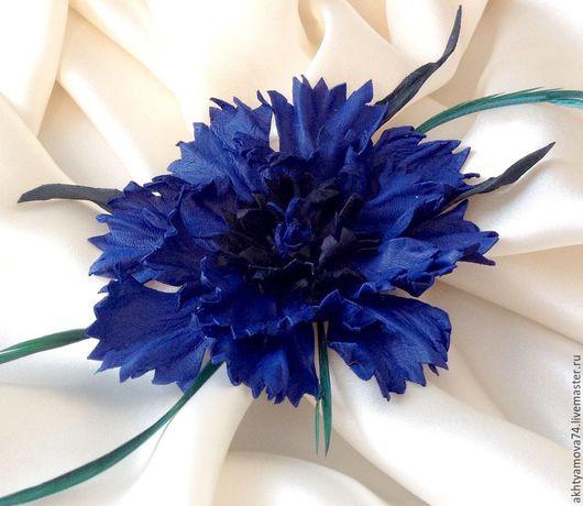 """Броши ручной работы. Ярмарка Мастеров - ручная работа. Купить Брошь из кожи """"Василек"""". Handmade. Тёмно-синий, цветок из кожи"""
