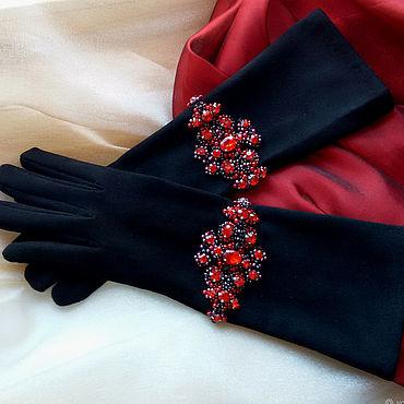 Аксессуары ручной работы. Ярмарка Мастеров - ручная работа Замшевые перчатки с браслетами. Handmade.