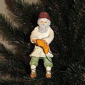 Куклы и игрушки ручной работы. Ярмарка Мастеров - ручная работа Сказка о золотой рыбке - ватная игрушка на елку в подарочной шкатулке. Handmade.
