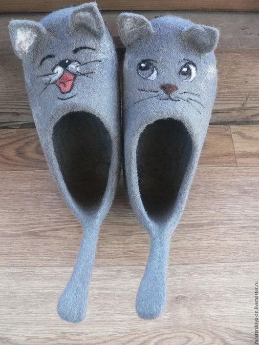 """Детская обувь ручной работы. Ярмарка Мастеров - ручная работа. Купить Войлочные тапочки """"Котята 2"""". Handmade. Серый"""