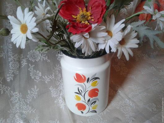 ...эмалированный ретро-бидон, времен СССР, украшенный цветочной росписью... ..можно использовать как вазу для больших букетов и сухоцветов!!!
