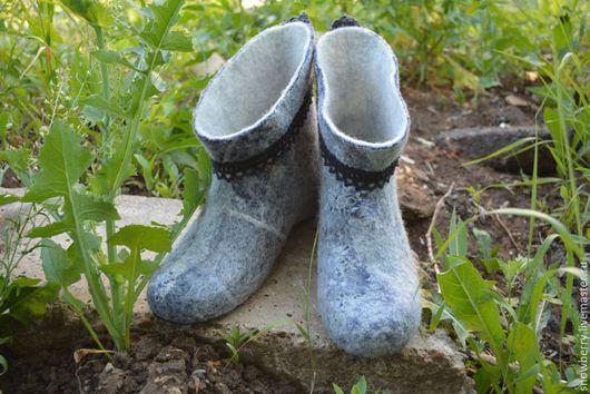 Обувь ручной работы. Ярмарка Мастеров - ручная работа. Купить Валенки домашние Джинсовые. Handmade. Синий, валенки, шерсть