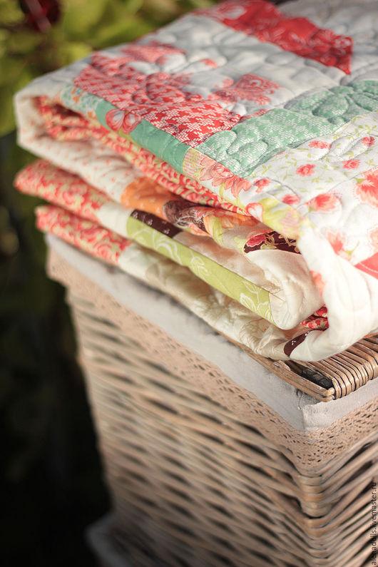 """Текстиль, ковры ручной работы. Ярмарка Мастеров - ручная работа. Купить Одеяло """"ягодное лукошко"""". Handmade. Разноцветный, хлопок 100%"""