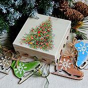 Подарки к праздникам ручной работы. Ярмарка Мастеров - ручная работа Коньки (старенькие деревянные украшения). Handmade.