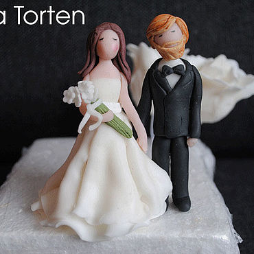 Свадебный салон ручной работы. Ярмарка Мастеров - ручная работа Фигурки жениха и невесты на свадебный торт. Handmade.