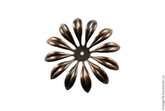 Для украшений ручной работы. Ярмарка Мастеров - ручная работа. Купить Винтажная фурнитура, латунный штамп цветок H36. Handmade.