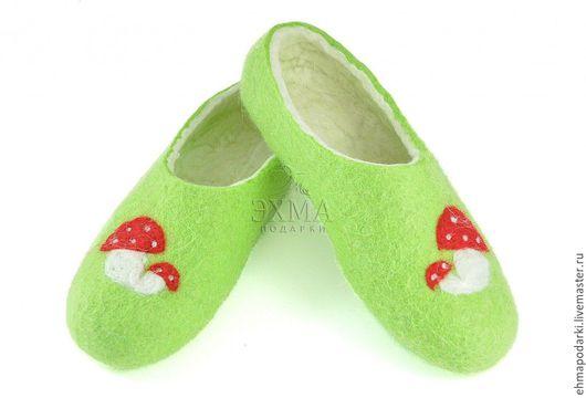 Обувь ручной работы. Ярмарка Мастеров - ручная работа. Купить Тапочки Грибочки. Handmade. Войлочные тапочки, дизайнерские тапочки