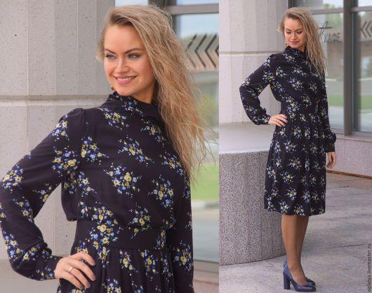 коричневое платье, стильное платье, стильное платье миди, платье миди, повседневное платье, платье для офиса, платье на работу, платье на осень, осеннее платье, теплое платье, красивое платье миди,