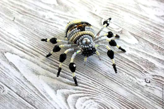 """Броши ручной работы. Ярмарка Мастеров - ручная работа. Купить Брошь-паук """"Аргиопа"""". Handmade. Паук, золотой, рондели"""