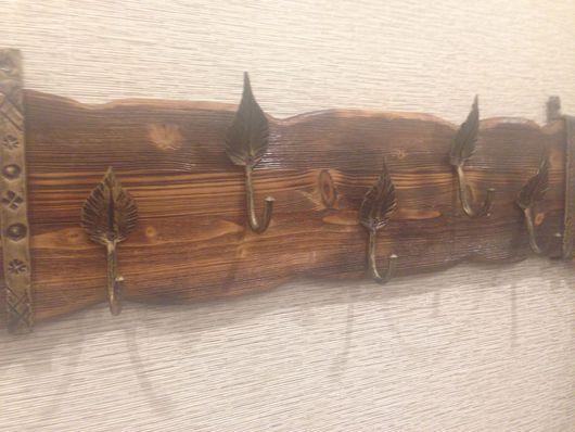 Прихожая ручной работы. Ярмарка Мастеров - ручная работа. Купить Кованная вешалка на деревянной подложке. С клеймом мастера.. Handmade.