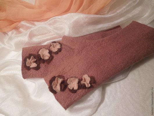 """Варежки, митенки, перчатки ручной работы. Ярмарка Мастеров - ручная работа. Купить Валяные митенки """"Какао"""". Handmade. Бежевый"""