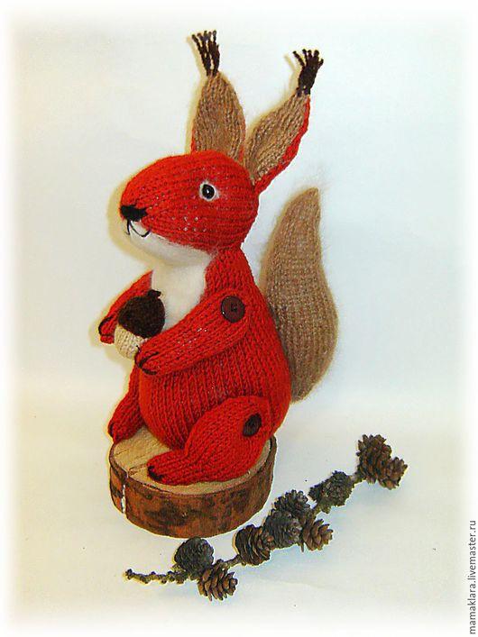 Игрушки животные, ручной работы. Ярмарка Мастеров - ручная работа. Купить Вязаная спицами игрушка белочка. Handmade. Рыжий