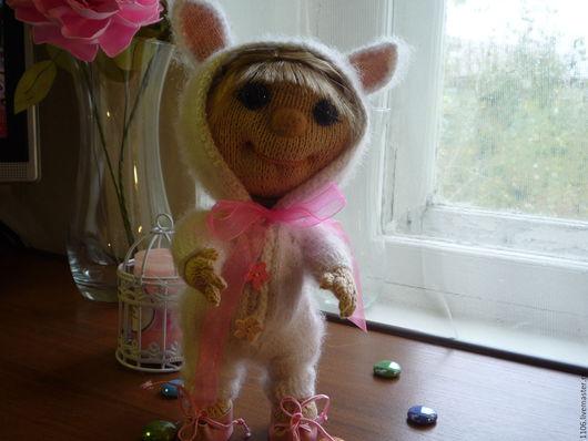 Коллекционные куклы ручной работы. Ярмарка Мастеров - ручная работа. Купить Машутка в костюме зайчика.. Handmade. Вязаная игрушка