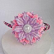 Работы для детей, ручной работы. Ярмарка Мастеров - ручная работа Ободок с сиренево-розовым цветком в клеточку. Handmade.
