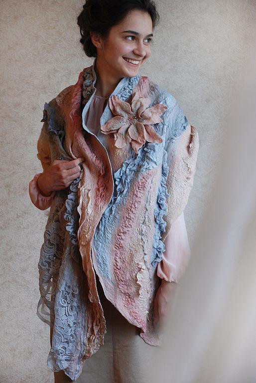 """Шали, палантины ручной работы. Ярмарка Мастеров - ручная работа. Купить палантин """"Перси"""". Handmade. Валяный палантин, волокна шёлка"""
