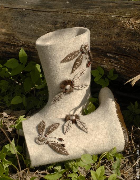 Обувь ручной работы. Ярмарка Мастеров - ручная работа. Купить валенки для дома. Handmade. Валенки для дома, валенки с вышивкой